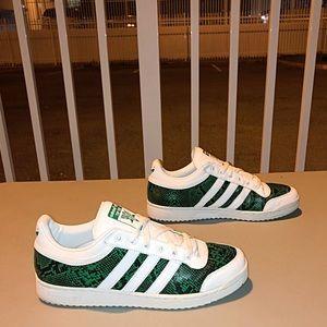 """Adidas sneakers """" TOP TENS """""""